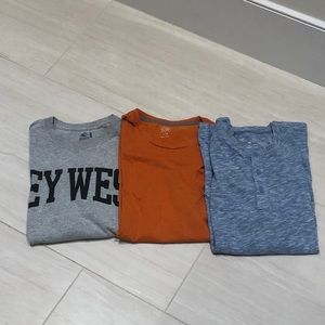 Men's Shirt Bundle Old Navy and Fruit of the Loom
